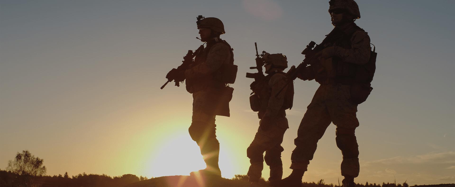 Photographie de militaires illustrant le secteur de l'armée et défense.