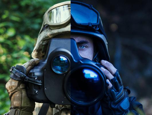 Photographie d'un soldat utilisant un équipement militaire pour illustrer Sofexi
