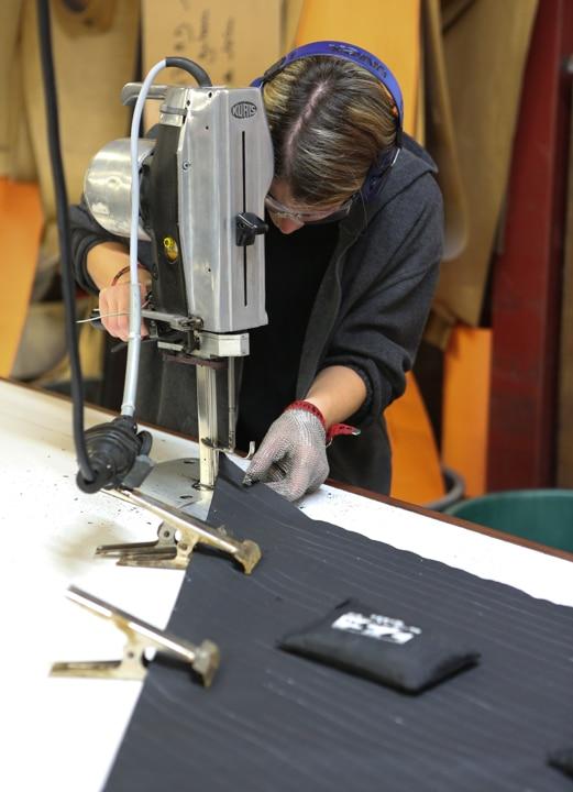 Photographie d'une étape de fabrication du Rafale®.